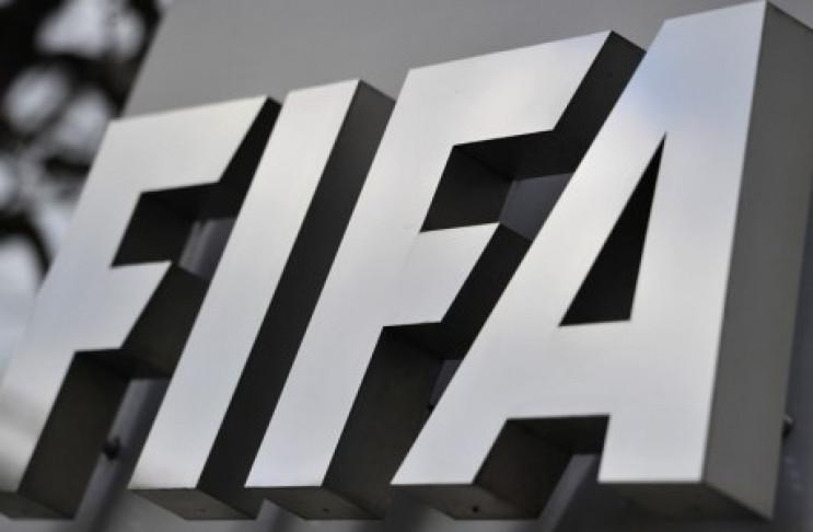Скандальний Колліна з ФІФА прислав дивни…