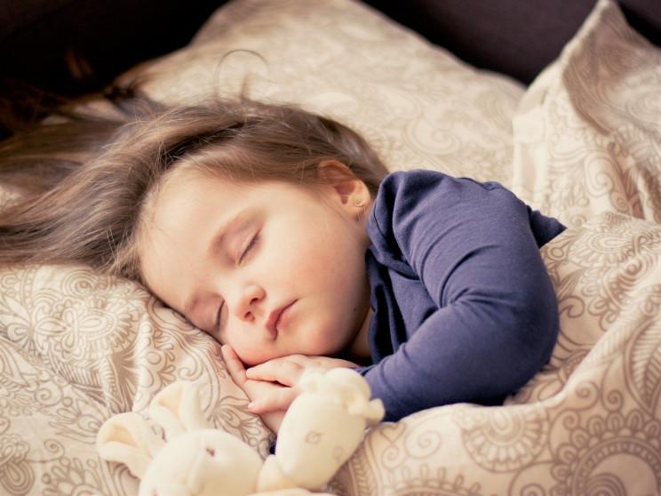 На Буковине двухлетняя девочка наглотала…