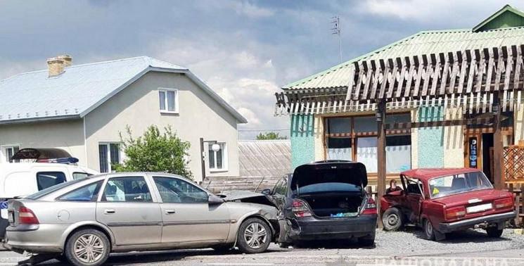Двоє постраждали: У Золочівському районі…