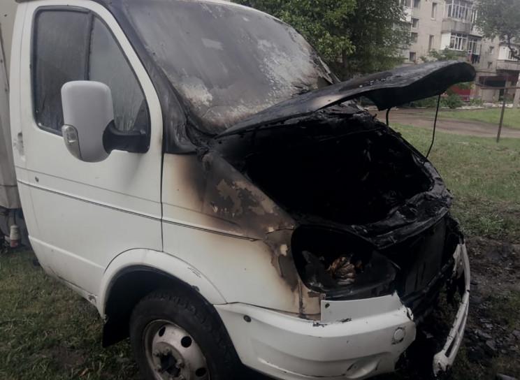 В запорожской Васильевке сгорела грузова…