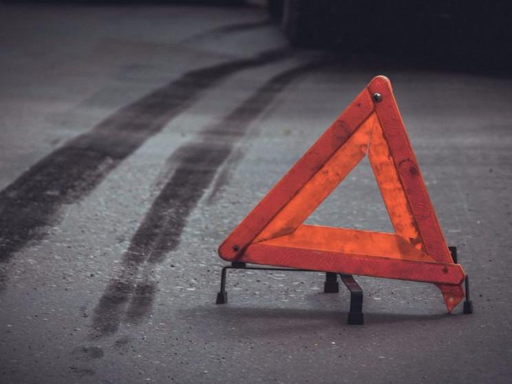 Житель Хмельниччини протаранив бетонний…