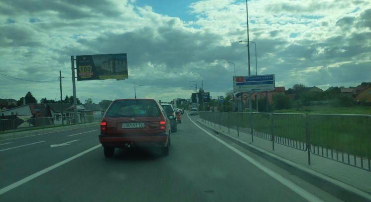 Виїзд зі Львова у напрямку Пустомит забл…