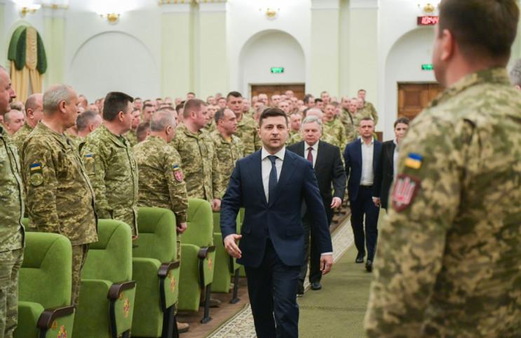 Стандарти НАТО чи рекрутчина: Як Зеленсь…