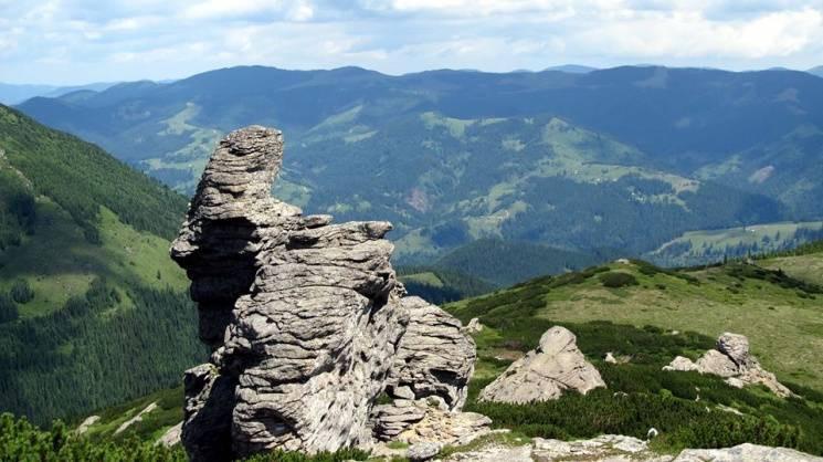 Літо в Карпатах: Де туристам шукати чуде…