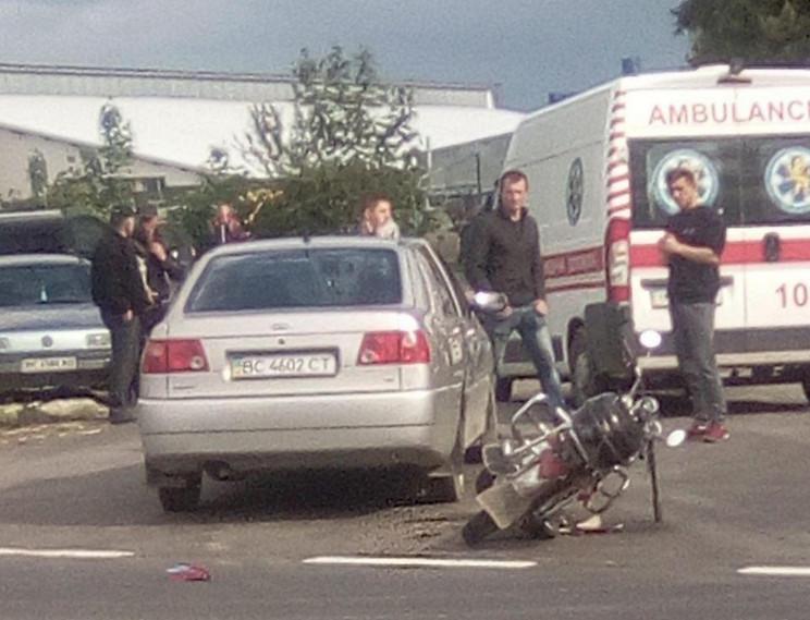У Меденичах зіткнулися автомобіль і мото…