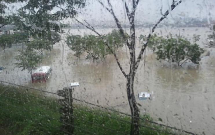 Україну накрив ураган: Світла немає у п'…