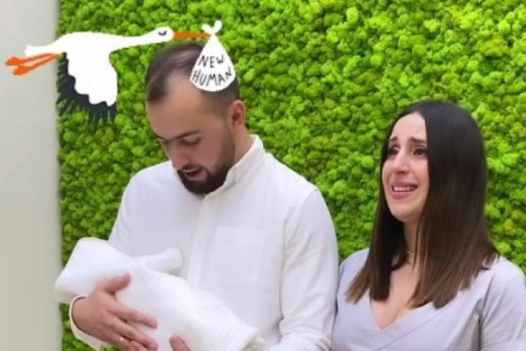 Джамала расплакалась во время выписки из…