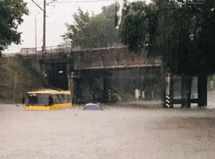 Затоплені вулиці та повалені дерева: Мар…