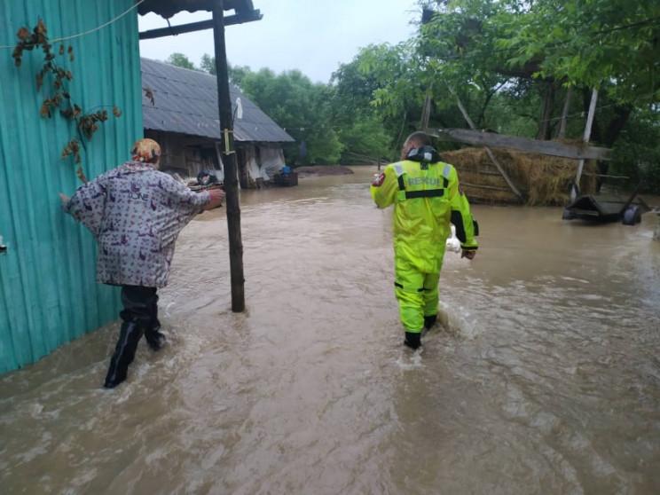Негода знову накрила Україну: Немає світ…