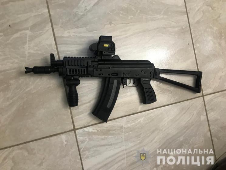 На Дніпропетровщині з автомата обстрілял…