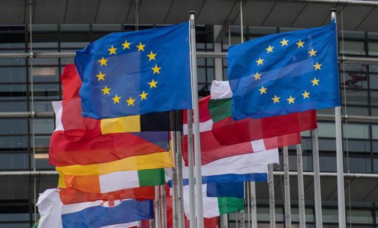 ЄС назвав країни, для яких відкриє кордо…