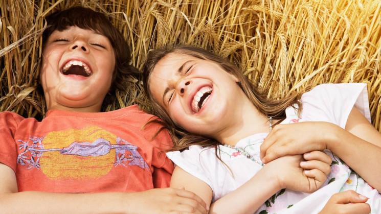 О здоровье: Как смех влияет на человека,…