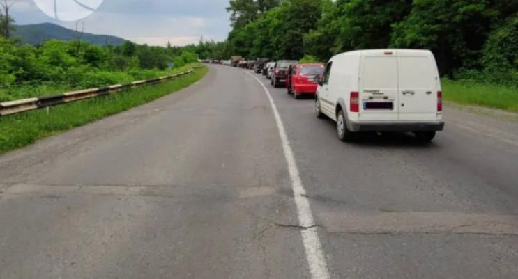 На дорозі Ужгород-Перечин утворилися зат…