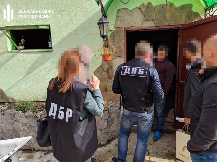 Коп из Харькова предстанет перед судом з…