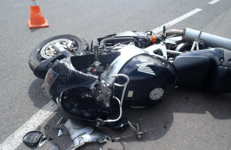 На Бродівщині загинув мотоцикліст без но…
