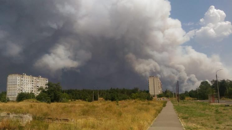У Сіверськодонецьку знову палає ліс: Дим…