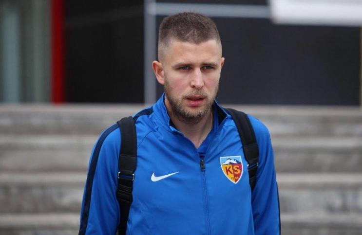 Форвард сборной Украины впервые забил го…