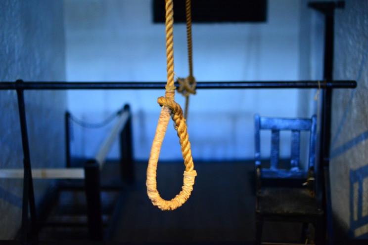 На Сумщині пенсіонерка скоїла самогубств…