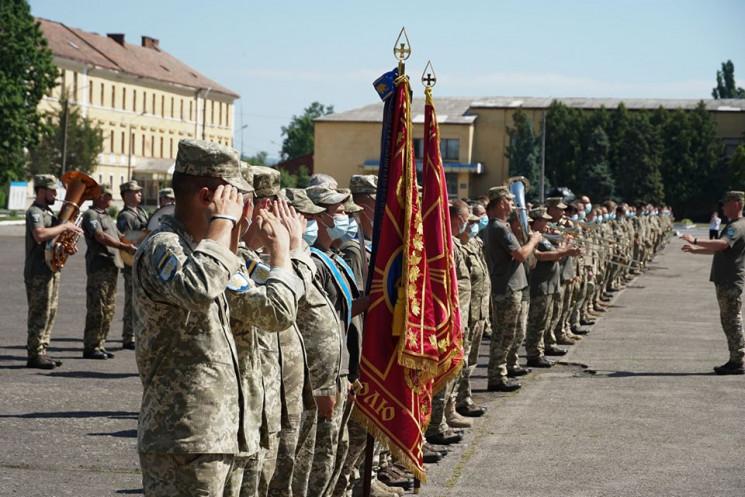 В Ужгороді зустріли бійців 128-ї окремої…
