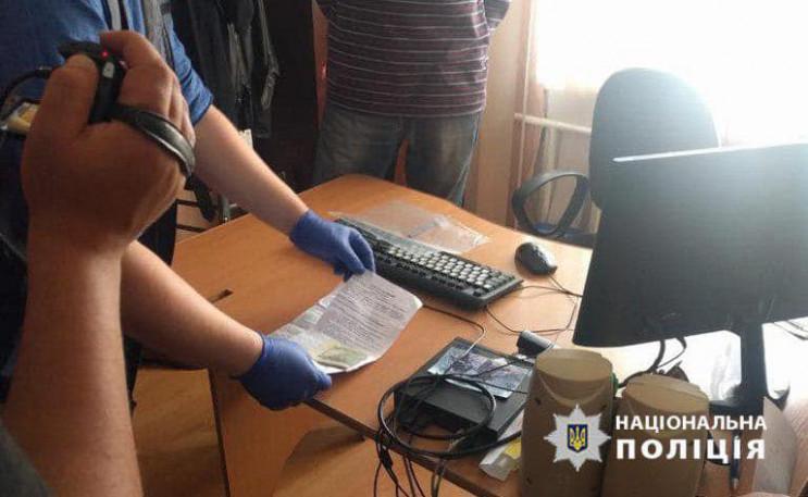 На спробі підкупу поліцейського затримал…
