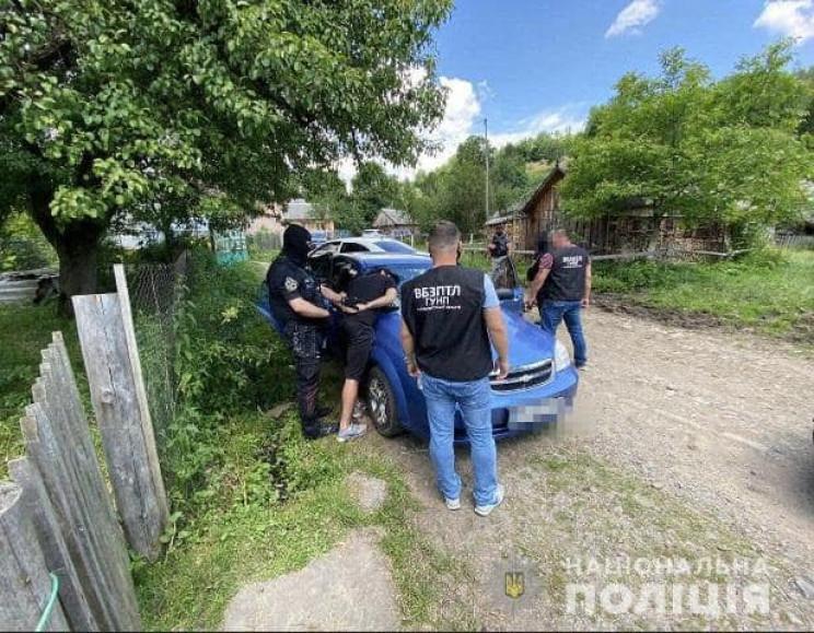 На Закарпатье правоохранители задержали…