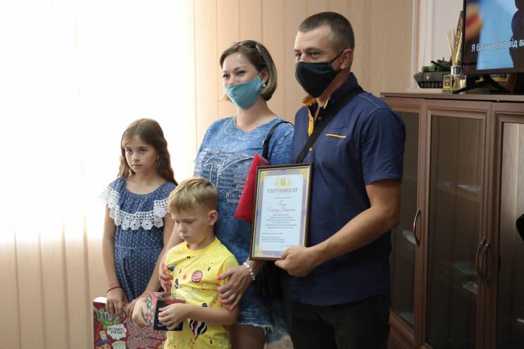 На Луганщине семья спасателя-переселенца…