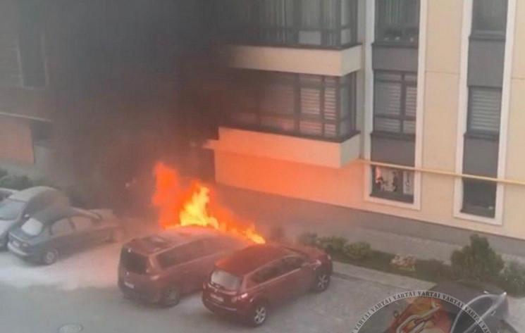 У Львові загорівся автомобіль (ФОТО)…