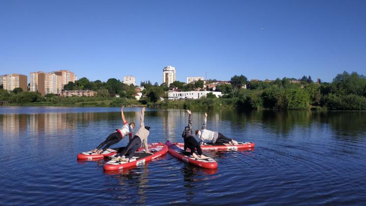 Йога на воді: Як у Вінниці тренуються і…