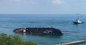 Дельфін і DELFI: Як затонулий танкер пру…