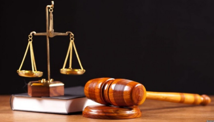 У Харкові звільнився суддя, який за рік…