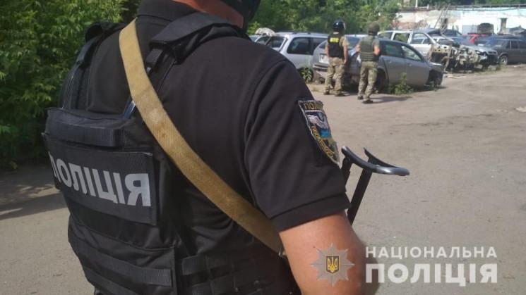 У Полтаві спецоперація: Автовикрадач пог…