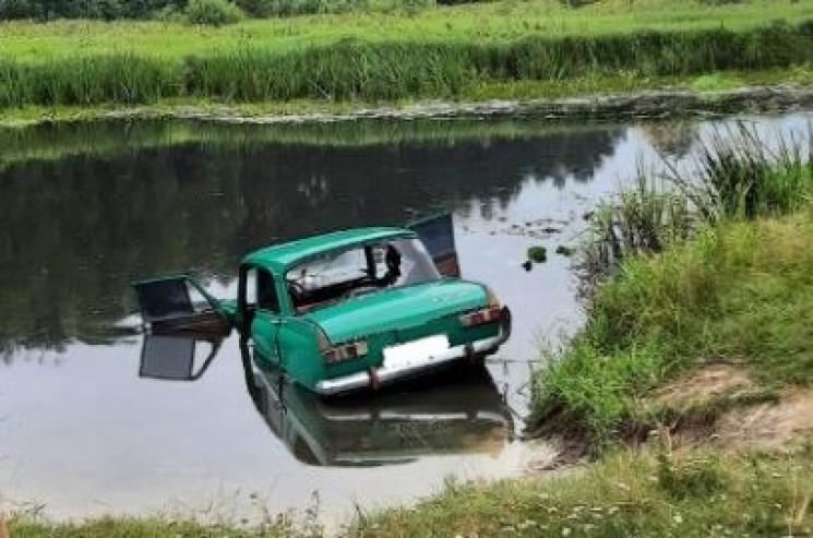 На Житомирщине в результате ДТП авто съе…