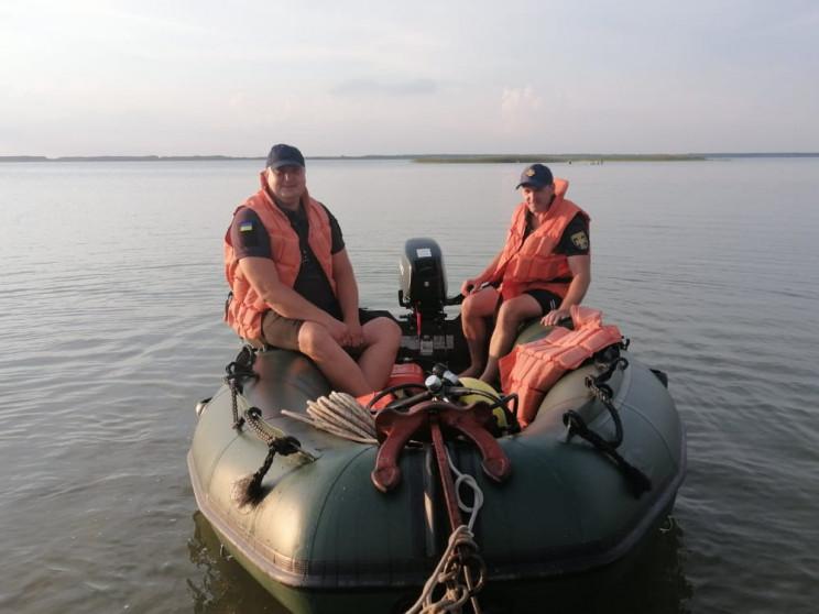 На озері Світязь рятувальники запобігли…