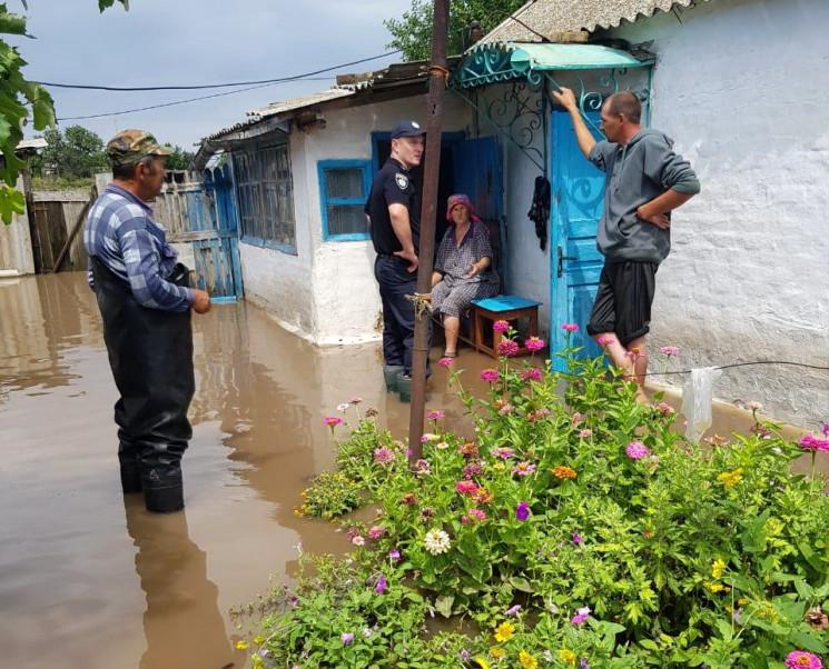 Через зливу потонули села на межі Херсон…