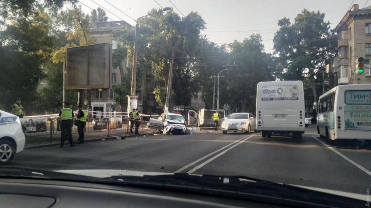 В Одесі авто патрульних потрапило в ДТП,…