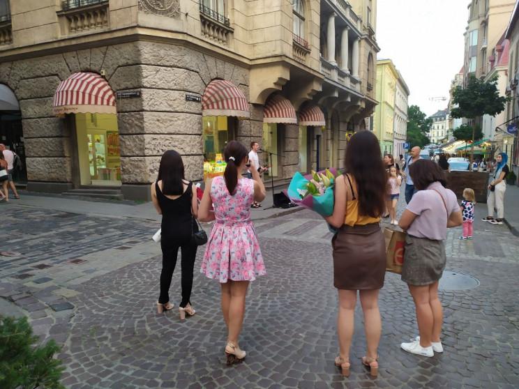 До Львова повернулися туристи (ФОТО, ВІД…