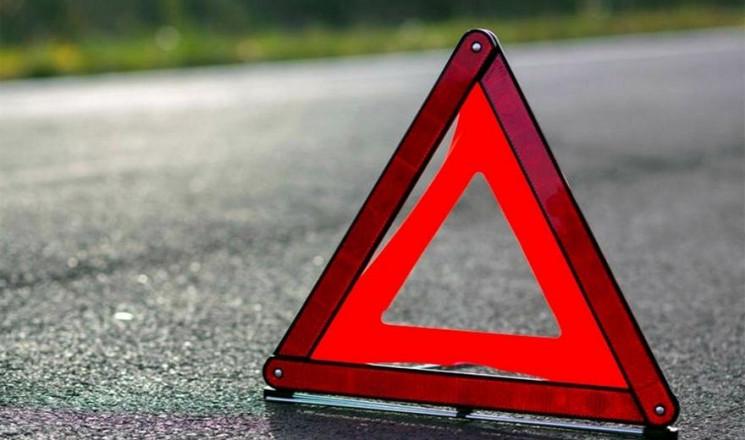 В Харькове в ДТП попали три авто, есть п…