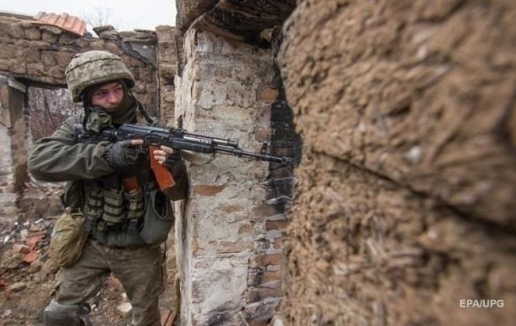 Вчера три, сегодня еще два: На Донбассе…