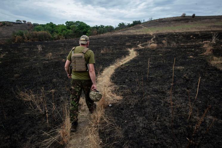 В ООС пожежа знищила позицію бригади з Д…