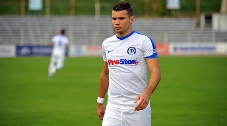 Известный украинский футболист близок к…