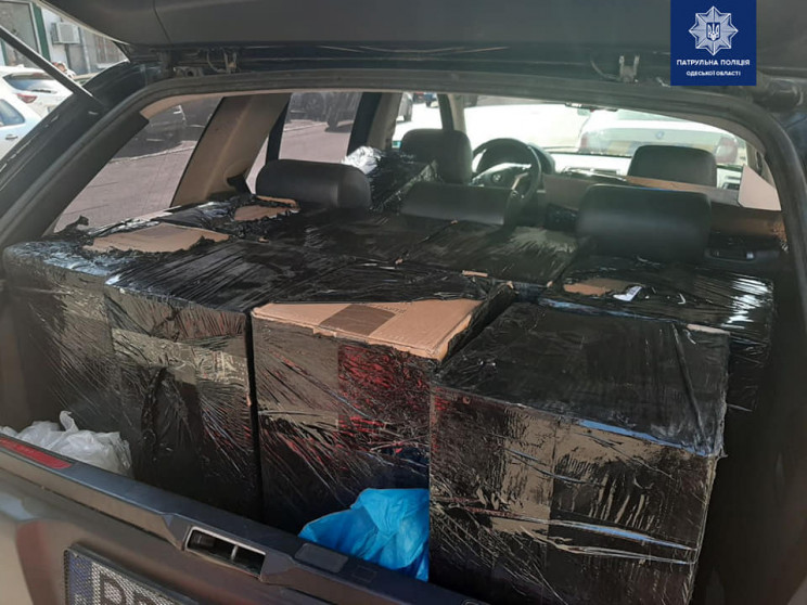В Одесі патрульні виявили автівку з тися…