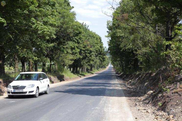 Як на Львівщині ремонтують дорогу Шопки…