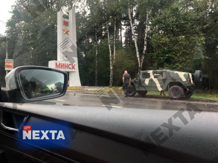 Выборы в Беларуси: В Минск стягивают сил…