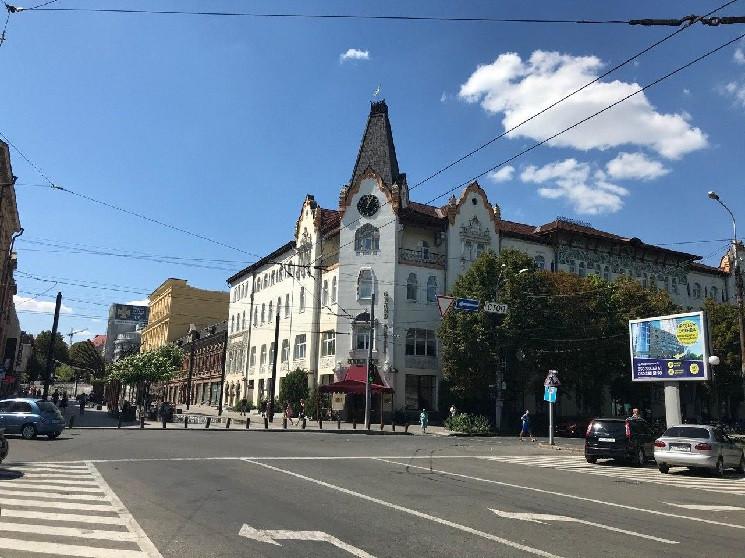 """Від """"Дніпро-Арени"""" до """"Менори"""": Як за 30…"""