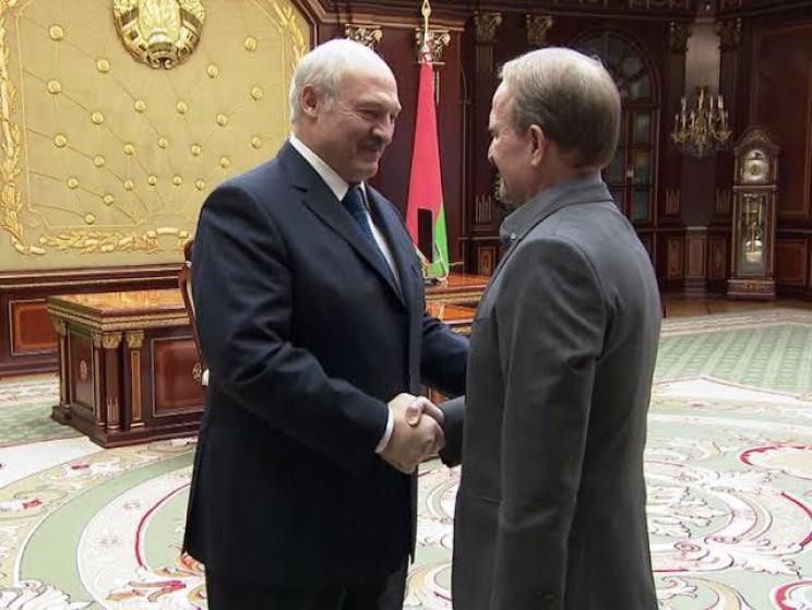 Медведчук привітав Лукашенка з перемогою…