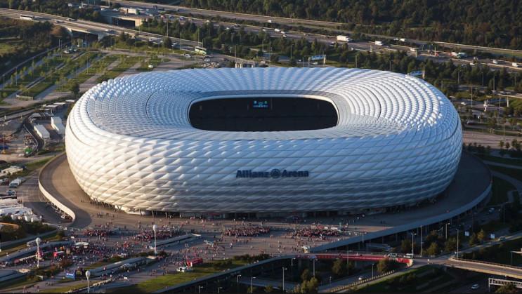 Как выглядит стадион в Гельзенкирхене, г…