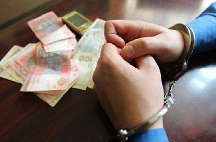 На Дніпропетровщині прокурора підозрюють…