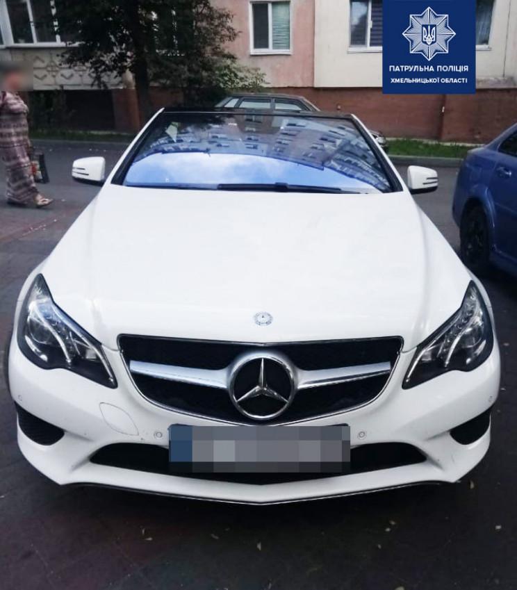 Викрадений місяць тому в Києві Mercedes…