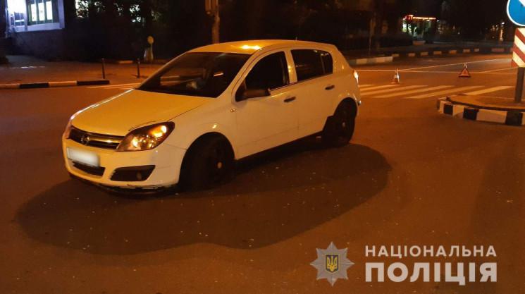 На перехресті в Харкові водій Opel збив…