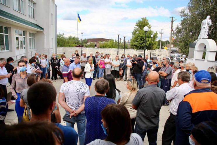 На Харьковщине граждане недовольны неком…
